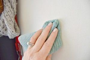 طريقة صناعة محلول تنظيف يدوي للحوائط