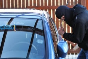 تفسير رؤية ضياع وسرقة السيارة فى المنام