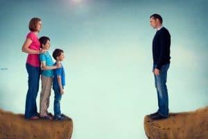 تفسير رؤية أبتعاد وطلاق الزوج لزوجته فى المنام