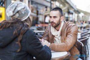 كيف اعرف ان خطيبي علي علاقه تانيه او بيكلم حدا ؟ وكيف اتصرف ؟