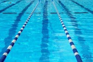 معنى حلم السباحة