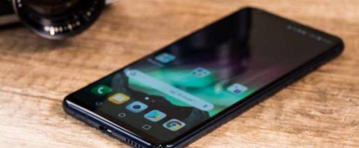 تصميم هاتف LG V35 ThinQ