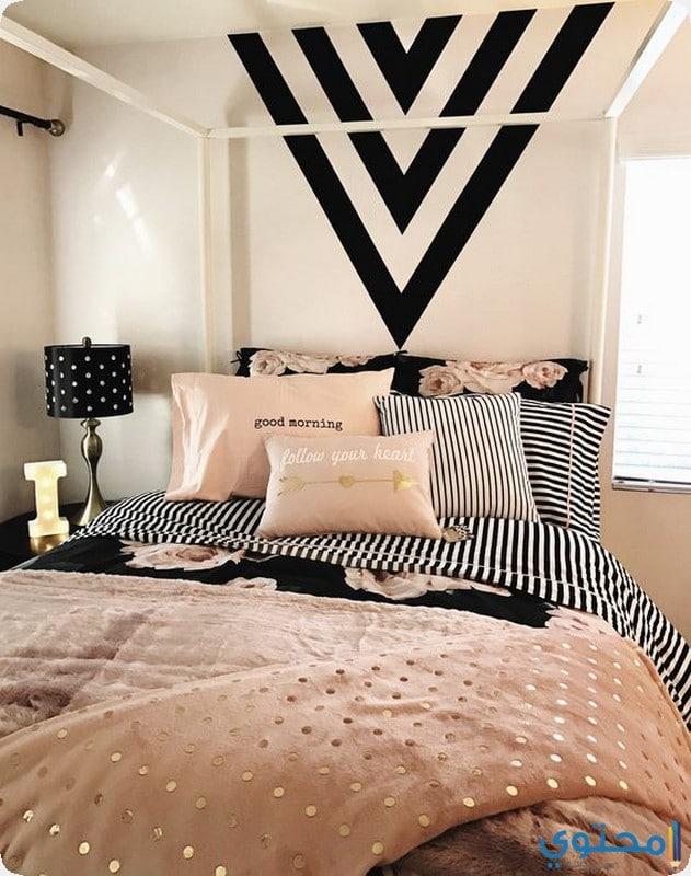 غرفة نوم باللون الروز