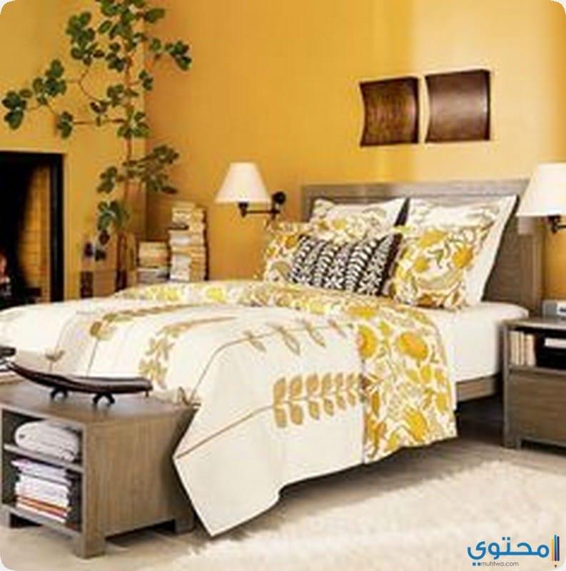 غرفة نوم باللون الاصفر