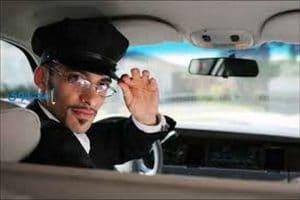 تفسير رؤية السائق فى منام الرجل والعزباء والمتزوجة والحامل