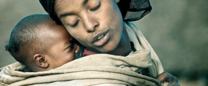 كلمات وعبارات عن الأم جديدة
