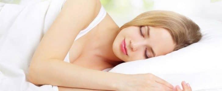 افضل طرق للنوم سريعا (التغلب علي الأرق)