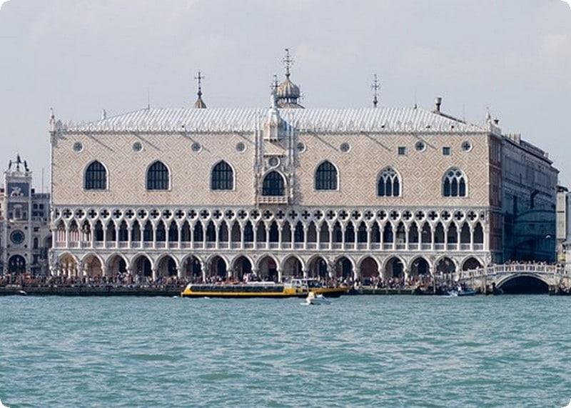 السياحة italy006.jpg