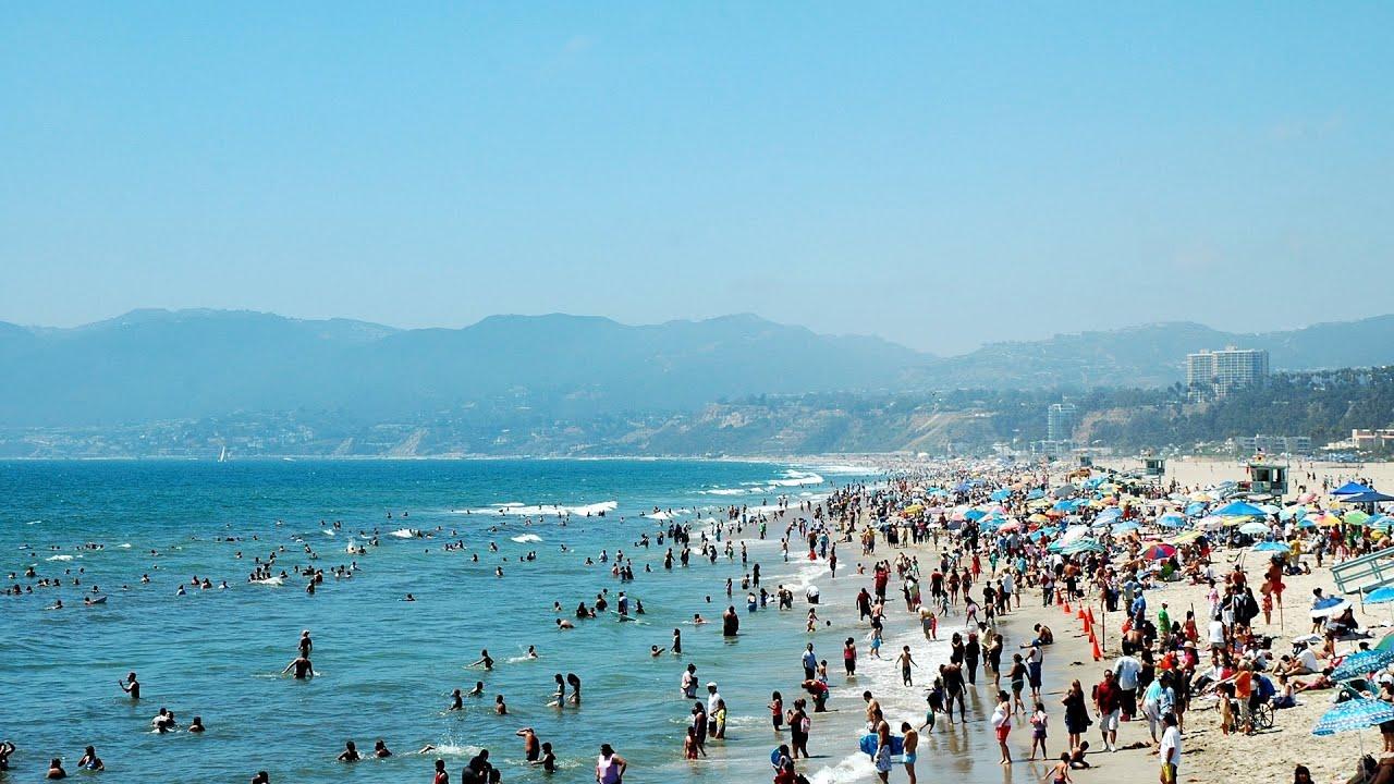 شاطئ سانتا مونيكا كاليفورنيا