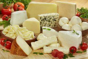 تفسير أكل الجبن وشراؤه فى الحلم