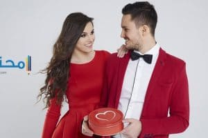 تفسير رؤية إرتداء الملابس الحمراء فى المنام